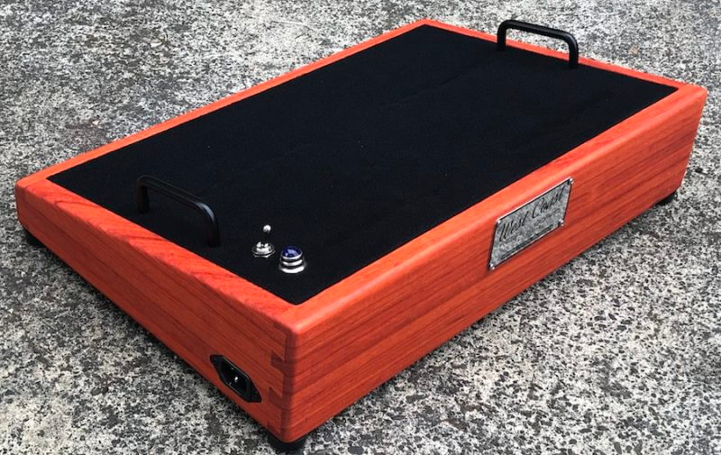Hard Wood Pedalboard 20