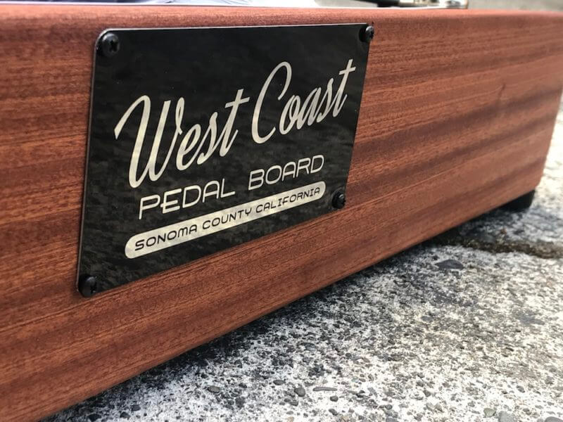 Hard Wood Pedalboard 18