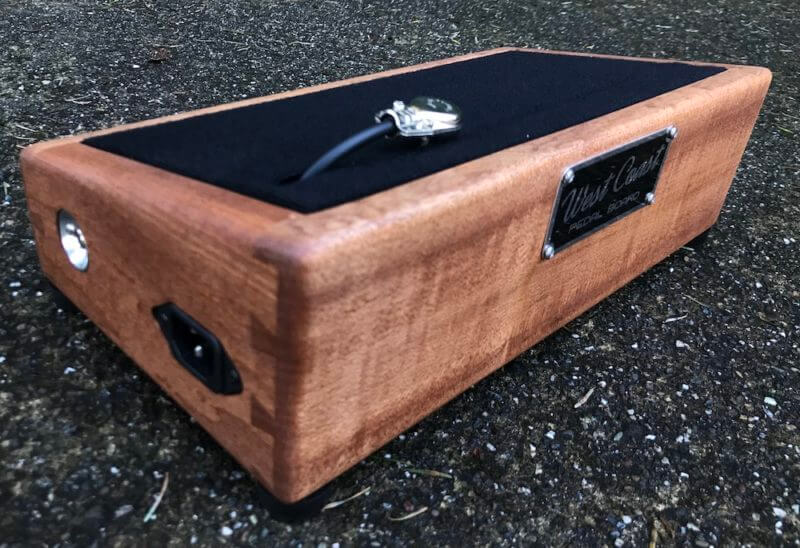 Little Rock Nerd - Mini Hardwood Pedalboard 14