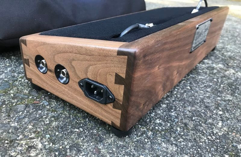 Little Rock Mini Hardwood Pedalboard 1