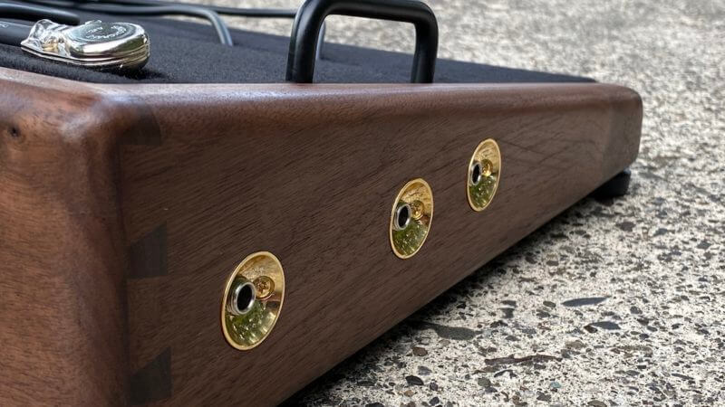 25X14 Golden Walnut Pedalboard - Ready to Ship 7