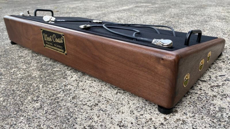 25X14 Golden Walnut Pedalboard - Ready to Ship 4