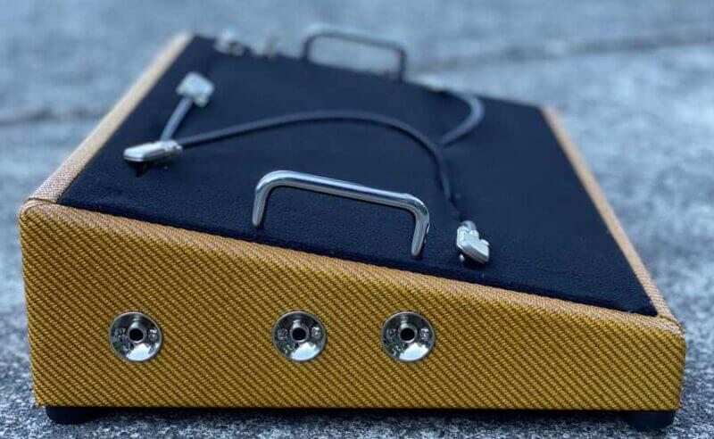 Sunburst Tweed Pedalboard