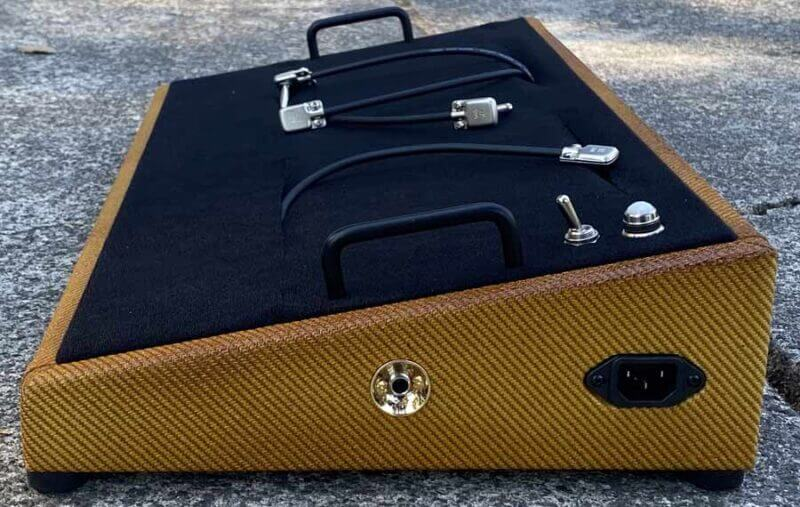 golden burst tweed pedalboard