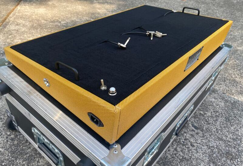 Amber Lacquered 30X18 Lacquered Tweed Angled Series plus Road Case - Ready to Ship 2